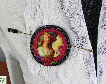 Face Lady Brooch, Black Pink beadwork brooch, beaded brooch romantic pin, Bead embroidery, Flower, Statement Embroidery jewelry, Gift her