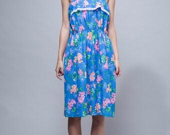 summer dress, floral dress, blue cotton dress, sun dress, vintage 70s blue floral gathered lace trim ONE SIZE - Small Medium Large S M L