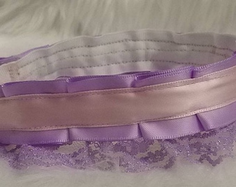 "1"" thick collar in either lilac and pastel pink, or purple and lilac"