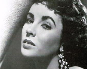 Elizabeth Taylor, Hollywood, Celebrities, Giclee Print, Old Hollywood, Fine Art Print, Hollywood Glamour, Home Theater Art, Liz Taylor, Art