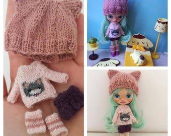 Petite Blythe clothes set: cat hat, cat sweater, pants, legwarmers. Mini Blythe outfit.