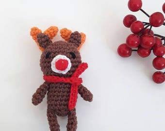 Amigurumi reindeer crochet Christmas tree decoration or to give as a Christmas gift, little deer amigurumi, crochet Christmas tree ornaments