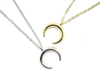 Horn Necklace, Double Horn Necklace - silver or gold finish - chocker, crescent moon necklace, tusk necklace, bohemian necklace, crescent
