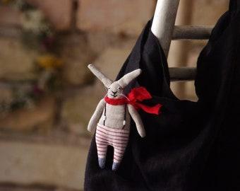 Brooch. Pin. Seaman. The little bunny. Little rabbit.