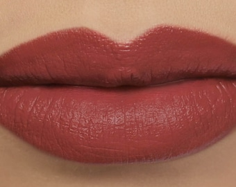 "Matte Lipstick - ""Sonnet"" (warm red vegan lipstick with organic ingredients)"