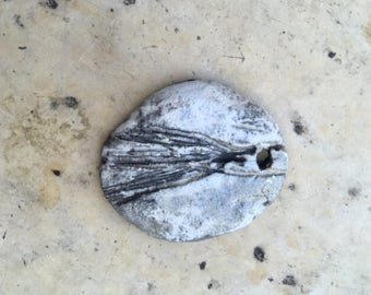 footprints pendant raku ceramic beige