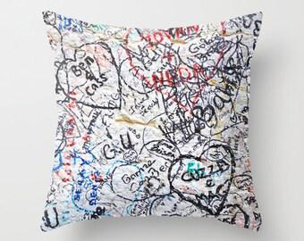 Graffiti Art Pillow, Italy Photo Cushion Cover, 18x18 22x22, Dorm Pillows, Girls Bedding, Teen Girl Room Decor, Hearts, Love