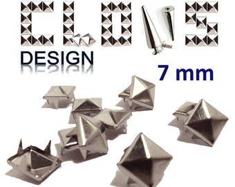 Nails X 100 (7mm) silver pyramid studs clothing customization