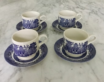 Vintage Churchill England Blue Willow Teacup with Saucer (Set of 4)