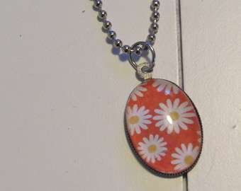 Daisy pendant necklace One of a Kind