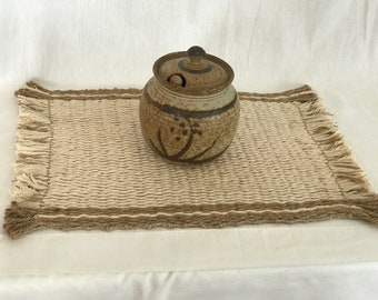 Cotton and jute placemat