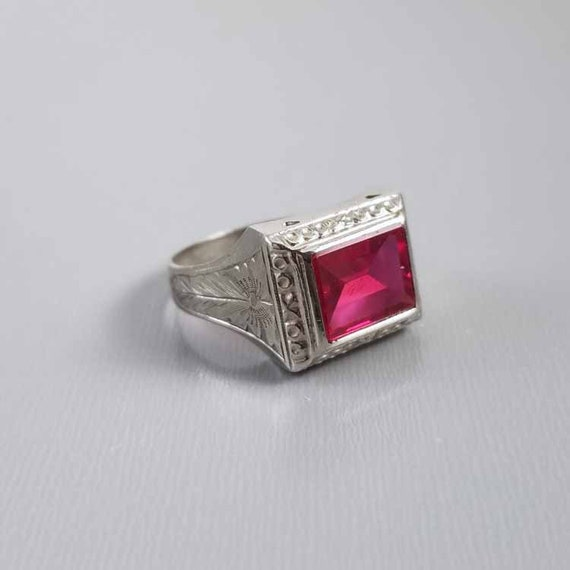 Vintage Art Deco 10k white gold syn lab created flame fusion ruby ring, unisex, size 9.75, engraved inside MOTHER, X's O's hugs and kisses