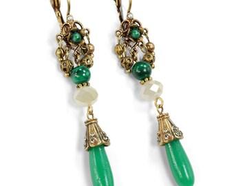 Jade Earrings, Vintage Earrings, Jade Jewelry, Boho Earrings, Malachite Earrings, 1940s Earrings, Drop Earrings, Green Earrings E1353