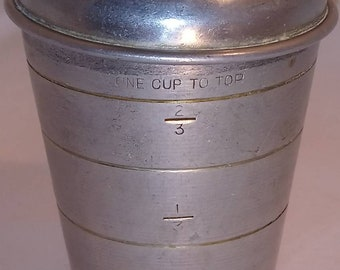 Vintage 1950s Aluminum Mirro measuring cup with top