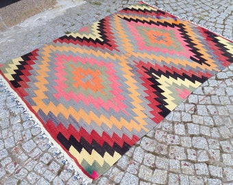 Turkish Kilim rug, Bohemian Rug, vintage rug, turkish Kilim, Turkish Rug, handwoven rugs, vintage kilim rug, Large Kilim Rug, Rugs 3.5x4.8