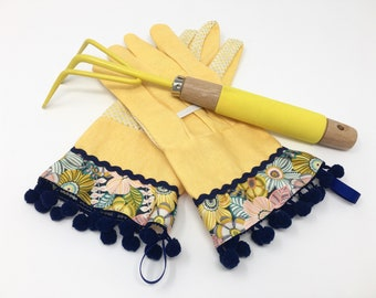 Fancy Garden Gloves. Pretty Spring Floral, Navy Blue Rick Rack and Pom Poms. Work Gloves for Women. Mother's Day Gift. Master Gardener Gift