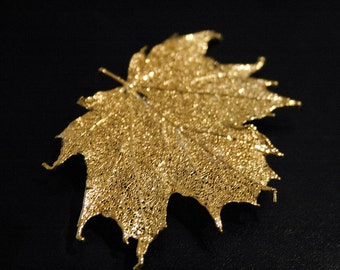 Real Maple Leaf Gold brooch