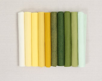 Wool Felt // Lemongrass // Felt Flowers, Wool Blend Felt Sheets, DIY Felt Plants, Felt Fabric, Felt Kids Crafts, Felt Mobile, Felt Food