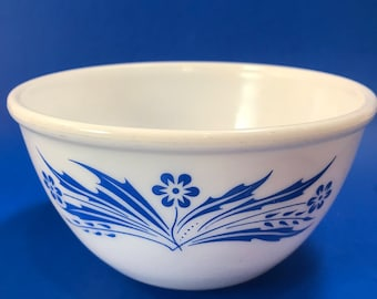 Vintage Dominion Glass Mixing Bowl