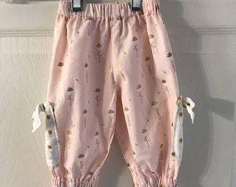Girls Ruffle Pants - size 6-9 months