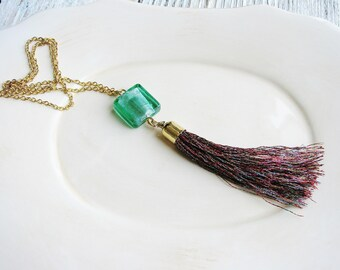 Red Metallic Tassel Necklace, Long Boho Necklace, Tassle Necklace, Boho Jewelry, Green and Red Necklace