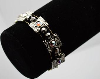 Triple beaded Wire Bracelet