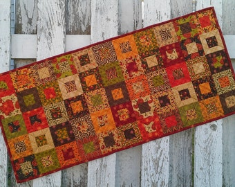 Quilted Table Runner (TGTRO) Posh Pumpkin