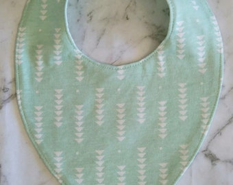 Green and Ivory dribble bib