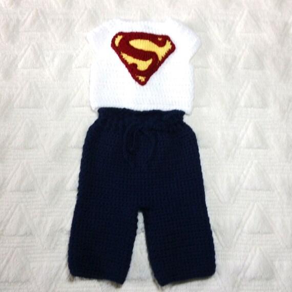 Baby Boy häkeln weißes Hemd mit Superman-Logo blaue lange