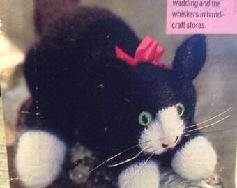 Kitty The Little Kitten Knitting Pattern