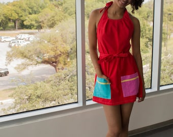 Couleurs primaires vives rouge enveloppante robe