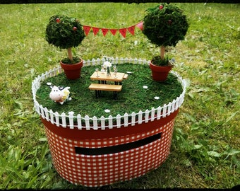 Urn country red gingham