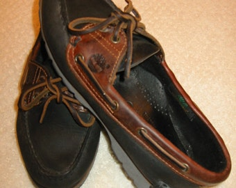 vintage womens classic black and brown leather Timberland boat/deck shoes . . . . size 6 1/2 M