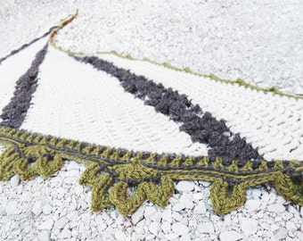 Badiane shawl - Crochet pattern to make a sideways shawl in ANY yarn and ANY size - PDF