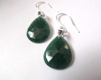 Green dangle earrings | teardrop earrings | beaded green jewelry | aventurine drop earrings | green earring
