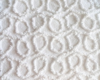 """White Cabin Crafts Needletuft Squiggle Vintage Chenille Bedspread Fabric Piece...12 x 18"""""""