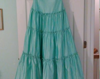 Prom Dress with Sweetheart Neckline