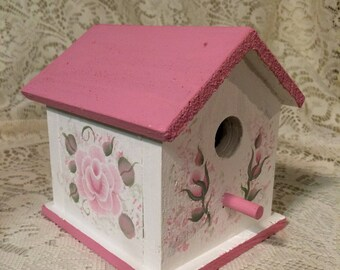 Hand Painted Pale Pink Victorian Rose  Wooden Birdhouse Shabby Cottage Chic New