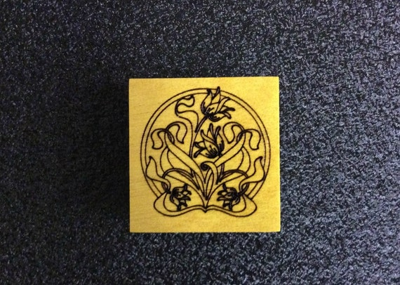 Laser Engraved Tulip Magnet on Satinwood - Small Wood Magnet - Laser Engraved Magnet - Recycled Upcycled Wood Gifts - Free Shipping - Gift