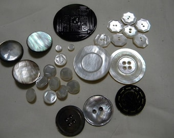 VINTAGE BUTTON COLLECTION 1925-30