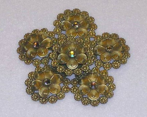 VTG Lacy Floral Brooch by Hattie Carnegie