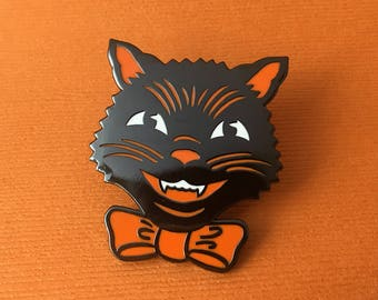 Spooky Cat Halloween Pin - retro brooch - Halloween jewelry - pinup jewelry
