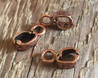 Fancy Copper Hinged Donut Bail - B&B Benbassat - Hand Hammered - Antique Copper - 14mm x 4mm x 6mm - 01 Each