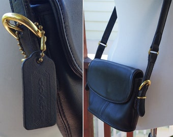 COACH 1980's 90's Vintage Solid Black Leather 9801 Bucket Flap Purse // Small Crossbody Mini Purse Camera Bag // by Coach