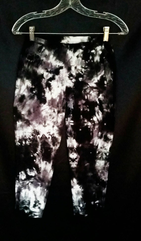 Tie Dye Capri Leggings/Hand Dyed/Black, Grey & White/Eco-Friendly Dying