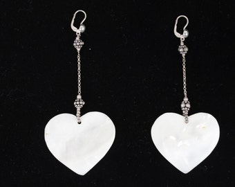VINTAGE Sterling Silver MOTHER OF pearl nacre heart dangle earrings