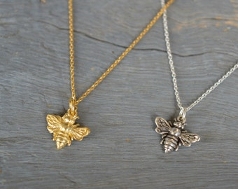 Bee Necklace, Bumble Bee, Honeybee, Gold Bee, Silver Bee Jewelry, Dainty Mom Jewelry, Charm Necklace, Mother's Necklace