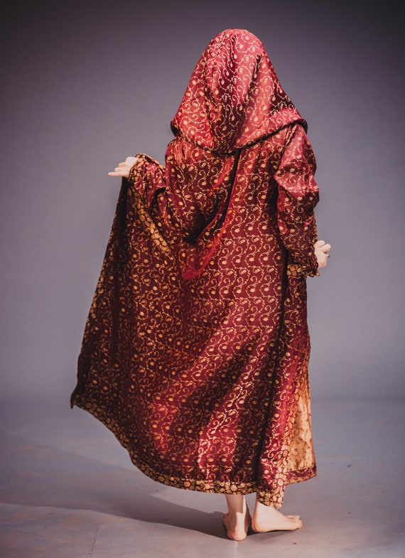 Majestic Wear Royal Hooded Cloak Festival Red 7wAwOP
