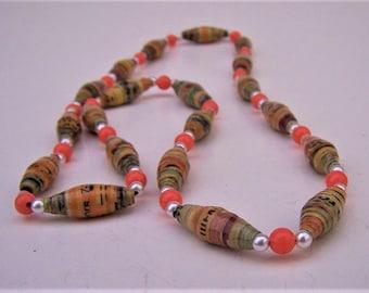 Vintage Retro Bead Necklace
