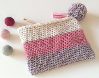 Crochet, gray wool purse pink and beige